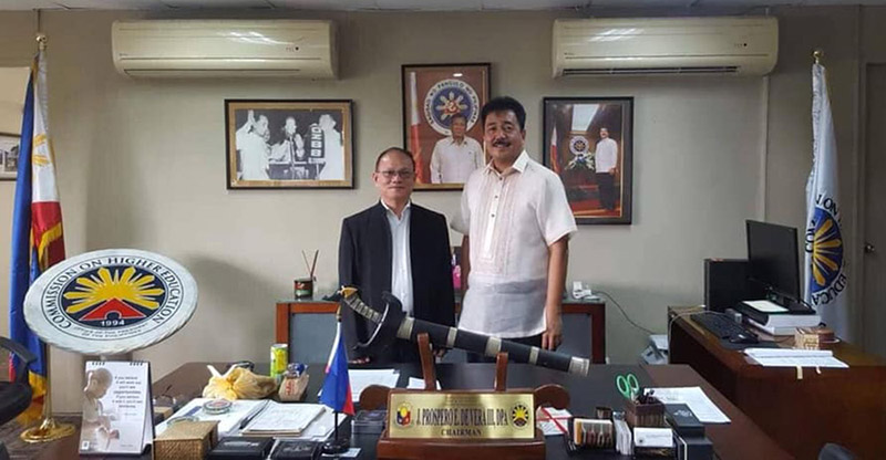 Dr. Raul F. Muyong visits the office of CHEd Chair J. Prospero E. De Vera III who is also the Chairperson of ISAT U Board of Regents. Dr. Muyong was reappointed president of ISAT U.  (Photo credit: PIA RO6)