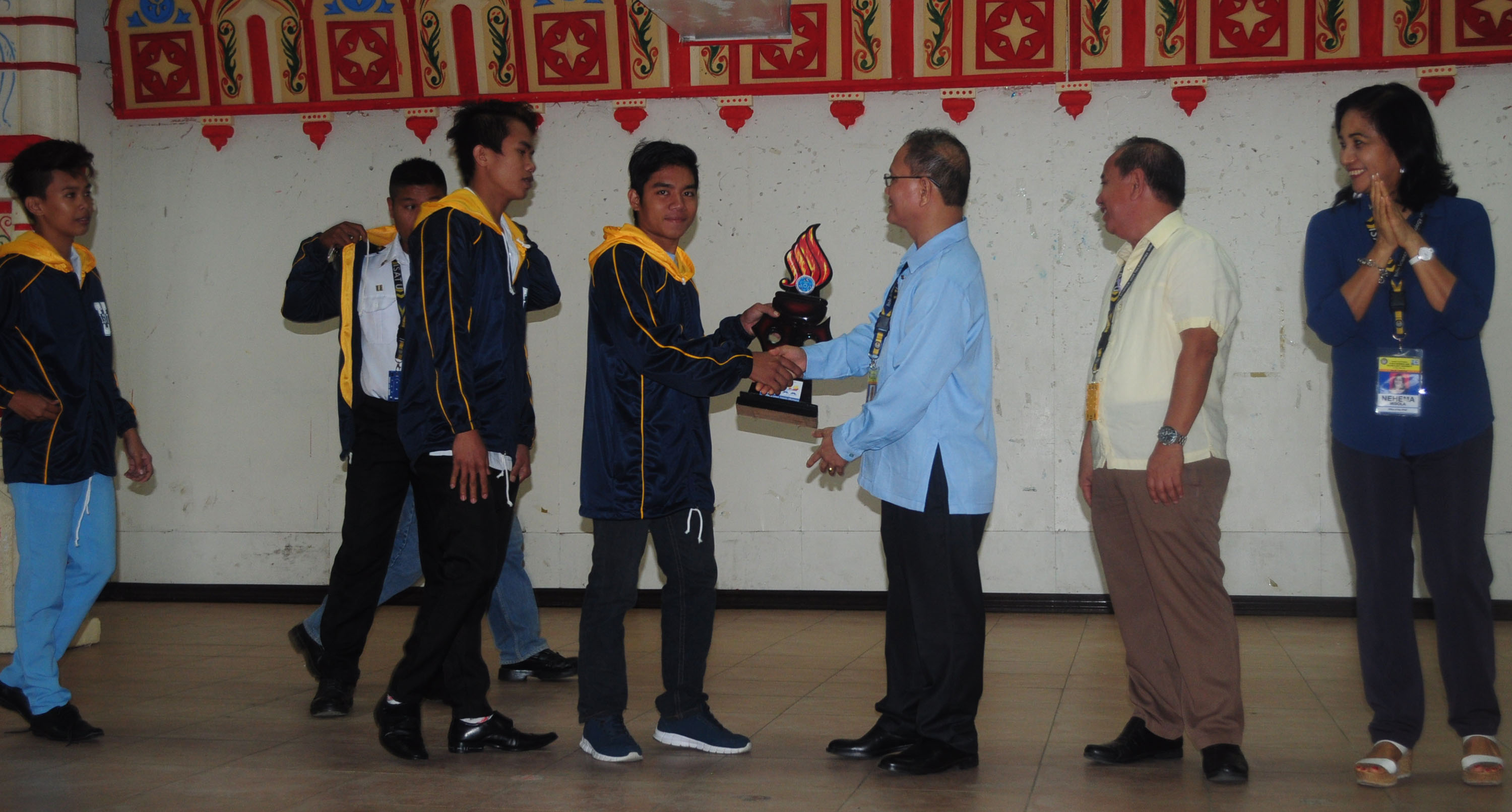 The ceremonial awarding of trophies for the winning athletes on January 9, 2017 at the Multi-purpose Educational Center.