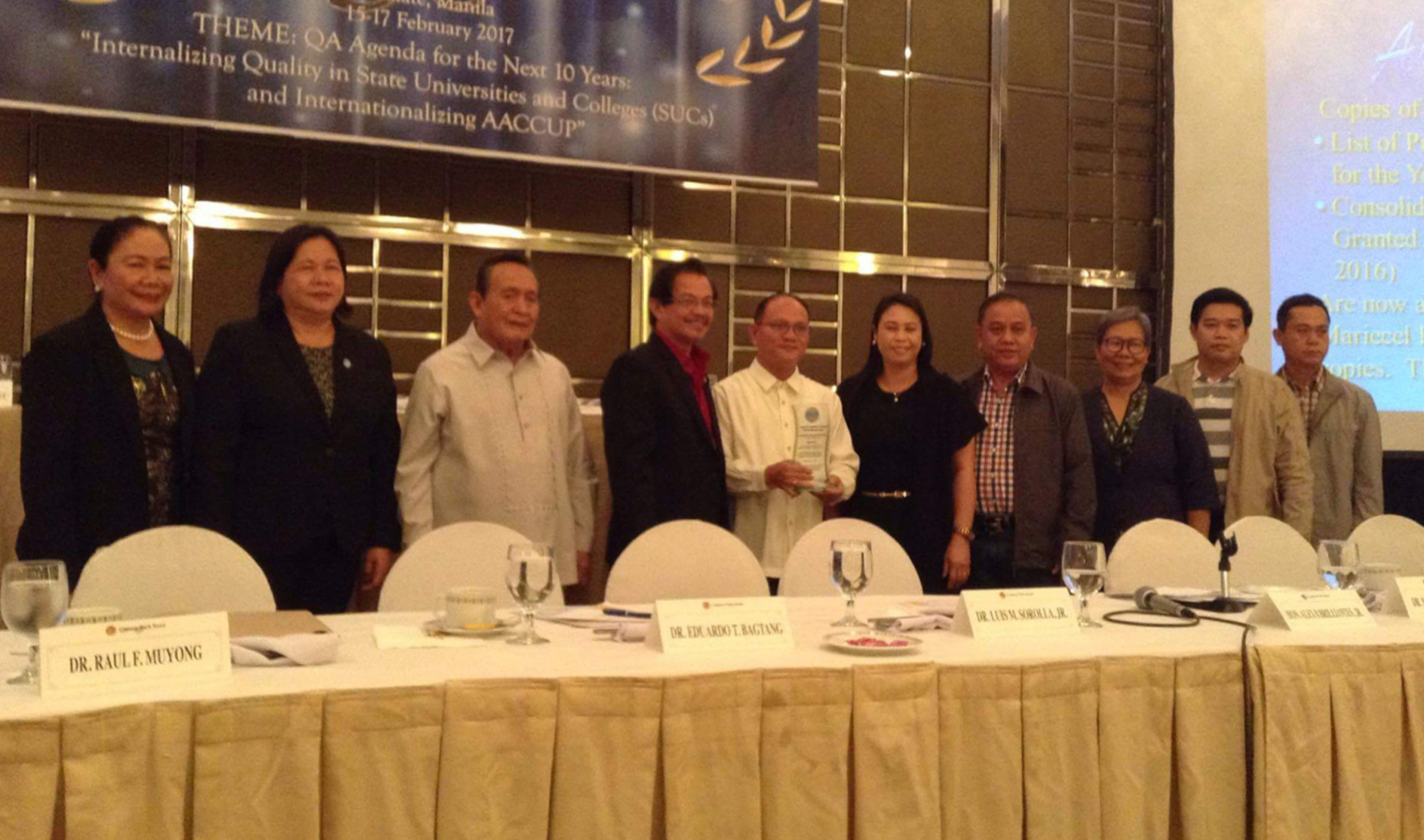 Dr. Raul F. Muyong and Dr. Renelda Nacianceno (6th and 5th from right) with other awardees at the