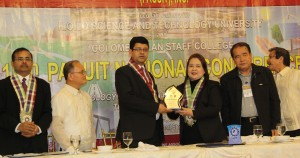 Dr. Nora M. Ponce, outgoing PACUIT president, gives the Plaque of Appreciation to Dr. Ram Hari Lamichhane as the keynote speaker. looking on are (from left) Prof. Dr. G. Kulanthaivel, CPSC Faculty Consultant; DR. Raul F. Muyong, ISAT U President